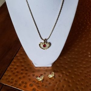 Jewelry - Necklace with yellow gold plated chain and frame